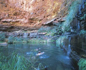 Dales Gorge and Circular Pool - Sydney Tourism