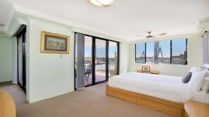 Darling Harbor Apartment - Sydney Tourism